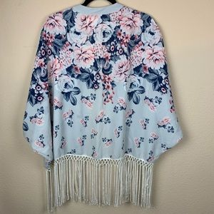 Abercrombie & Fitch Tops - Abercrombie & Fitch Floral Kimono Top 🌺